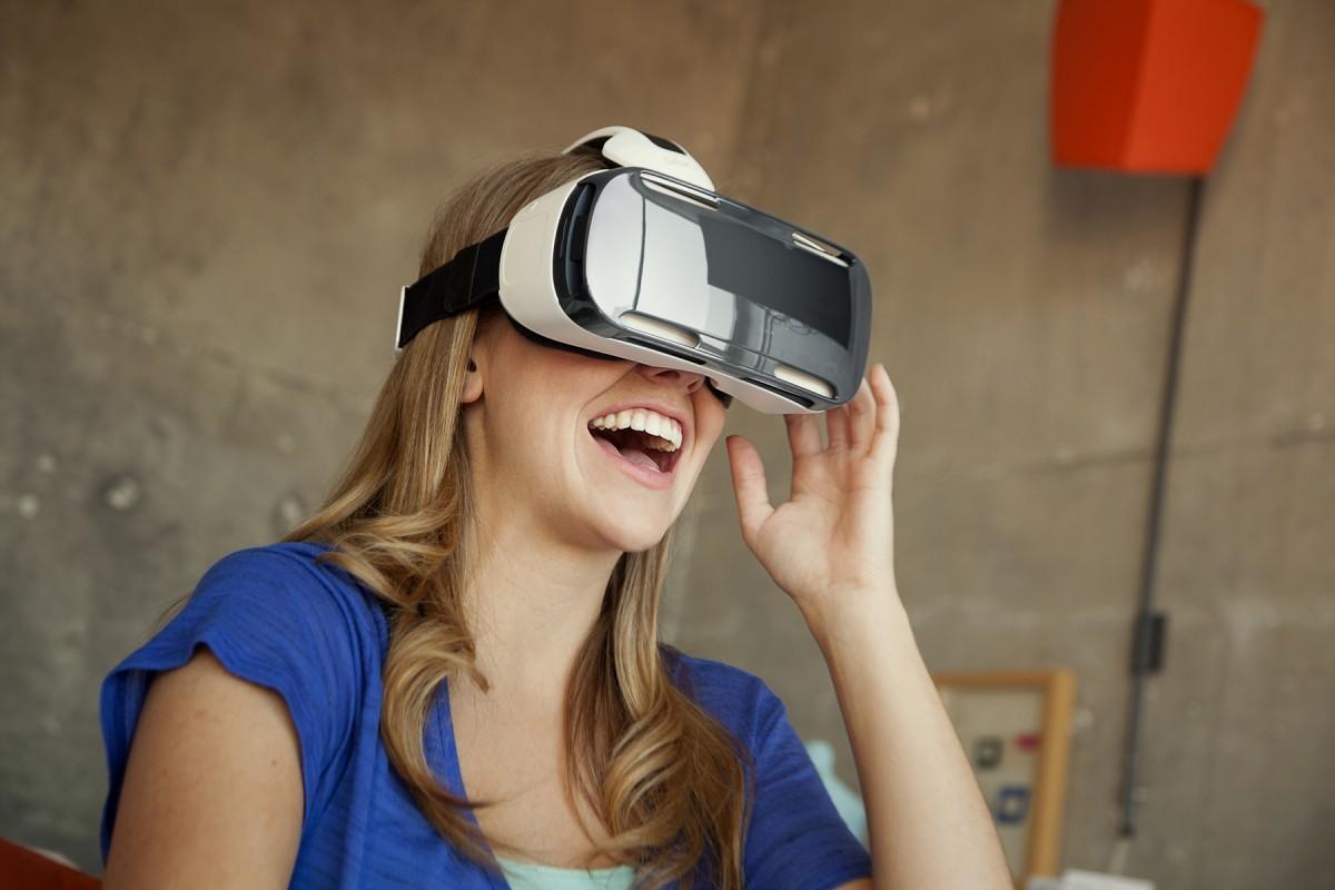 Samsung Gear VR Türkiye'de Satışa Sunuldu!