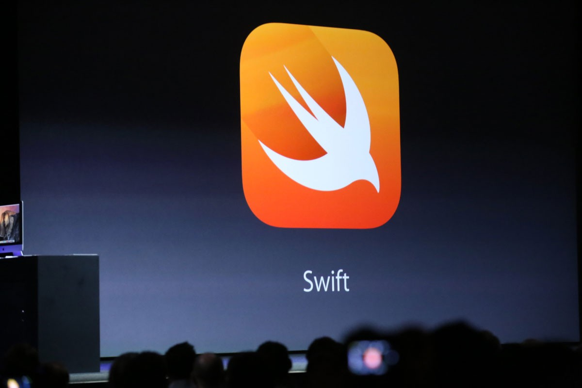 Apple'dan Swift müjdesi
